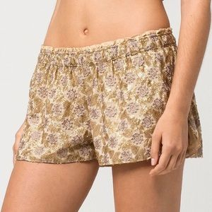 ⬇️ O'Neill Gold Sequin Shorts